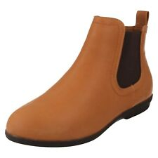 LADIES SPOT ON LOW HEEL GUSSET CASUAL FLAT CHELSEA ANKLE BOOTS SIZE F50706