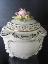 Thüringer-Porzellan mit Blumen-Motiv
