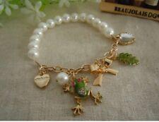B94 BETSEY JOHNSON Green Tree Frog w/ Leaf Pendant Gold Heart Pearl Bracelet US