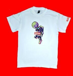 NEW Supreme t-shirt with astronaut streetwear SIZES S/M/L/XL/2XL