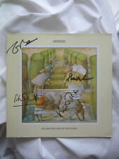 GENESIS Selling England By The Pound LP signiert AUTOGRAMM signed AUTOGRAPH