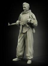 1/35 Scale resin model kit WW2 Soviet assault engineer No.2