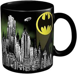 Batman Skyline Color Changing Coffee Mug Cup with Joker - Zak Designs LOOT CRATE