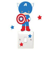 Childrens SUPERHÉROE LIGHT SWITCH Pared Adhesivo Dormitorio Capitán América Super Héroe