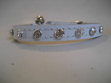 LEATHER DIAMENTE WHITE CAT COLLAR
