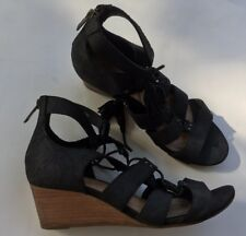 Ugg Yasmin Black Snake Stacked Wedge Heel Lace Up Strappy Sandal Size 8.5 M $150