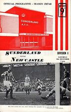 1967 (Dec. 30) Soccer program, Division I, Sunderland vs. Newcastle ~ Wembley