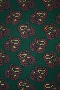 Vintage Tootal green cravat with paisley pattern
