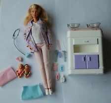"Barbie  ""HAPPY FAMILY""  médecin veste violette"