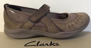 Clarks Wave Walk Ladies Mary Jane Flat Ballet Shoes UK 5.5 D Nubuck Leather