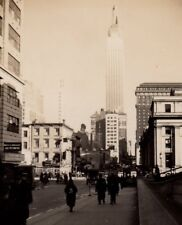 Vintage Real Photo Empire State Building New York Crowds  Nice street View 1939