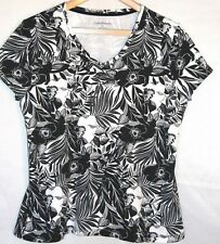 CROFT & BARROW  XL 12 14 bust 40 top T- shirt V Neck  Black & white Floral Print