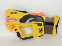 Nerf Gun Firefly Rev-8 N-Strike LOT w/ Darts and Batteries Yellow Version