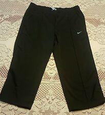NIKE Capri Pants, Sz Small 4-6, Color Black, Very Good Condition
