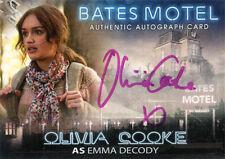 Bates Motel Autograph Card AOC Olivia Cooke as Emma Decody