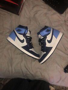 Nike Air Jordan 1 Retro High OG UNC Obsidian 555088-140 Men's Size 11