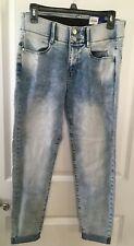 "APT.9 Skinny Capri Jeans Size 8 Tummy Control 9.5"" High Rise Cuffed Cloud Wash"