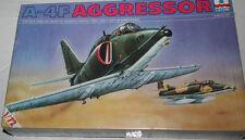 A 4 F Agressor ESCI  1/72,kit neuf,boite usagée