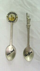 Statue Of Liberty New York Pewter Collector Spoon Lot of 2