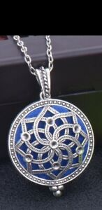 Aromatherapy Locket Essential Oil Diffuser Perfume Necklace With Pad. Filigree.