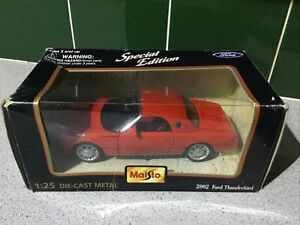MAISTO FORD THUNDERBIRD 2002 SPECIAL EDITION DIE-CAST 1:25 SCALE MODEL 31966