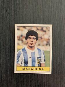 FIGURINA PANINI MARADONA ROOKIE N. 312 CALCIATORI PANINI 1979 1980 CON VELINA