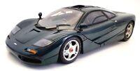 Minichamps 1/12 Scale Model Car 133127- McLaren F1 Roadcar - Met Green