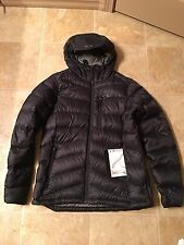 NWT Oakley Juliett Down Jacket 800-Fill Jet Black Women's Large SOLD OUT $230