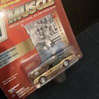 Johnny Lightning Hurst Hairy Olds Diecast Muscle Car Linda Vaughn Photo Card 21