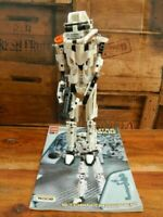 Lego Technic Star Wars 8008 Stormtrooper (2001)
