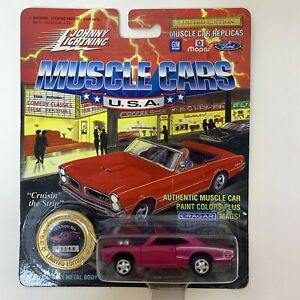 Johnny Lightning 1970 Dodge Super Bee Muscle Cars USA Die Cast Pink White NEW