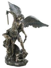 Riesiger Erzengel Michael mit Schwert bekämpft das Böse bronziert Figur Skulptur