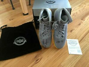Kevin Love UDA Upper Deck Signed Autograph 16-17 Nike Game Used Shoes 8/10 W/BOX