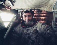 ASTRONAUT HARRISON SCHMITT INSIDE THE APOLLO 17 LUNAR MODULE 8X10 PHOTO (BB-191)