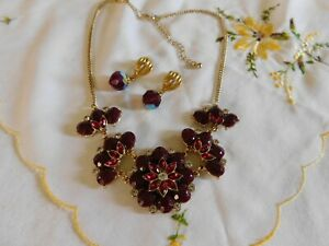 Red Crystal Rhinestone Floral Necklace and Crystal Beaded Drop Earrings Set