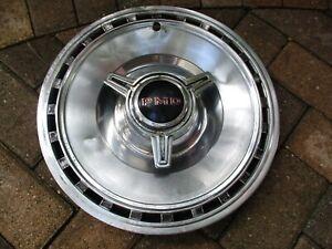 """1967 Pontiac Bonneville/Grand Prix 14"""" Spinner Hubcap OEM Hollander # 5004"""
