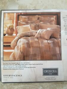 CROSCILL EFFERVESCENCE QUEEN COMFORTER SET & SHEETS -8 PIECES!