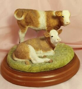 Border Fine Arts Cattle Breeds Simmental Cow Cattle Calves Mounted Resin A1468
