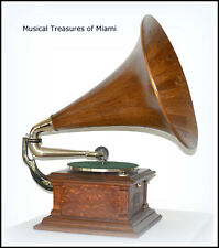 ANTIQUE VICTOR III PHONOGRAPH WITH WOOD HORN - WE SHIP WORLDWIDE