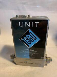 UNIT UFC-1660 Metal Z-Seal Mass Flow Controller, N2, 100SCCM