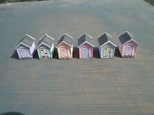 n gauge x 6 beach huts train set layout railway fully painted