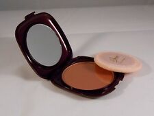 La Femme Compact Powder Sable Passion 04 Sun Shine