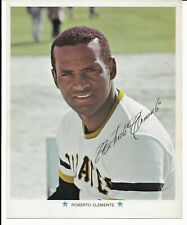 """5  1971 MLB / ARCO 8""""x10"""" Color Photos - Pittsburgh Pirates (Roberto Clemente)"""
