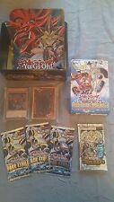 Yu-Gi-Oh! / Lot de 100 Cartes Françaises + 1 Deck et 4 Boosters scellés + Boîte