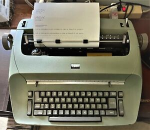 🌀 Vintage IBM Selectric ~ Model 71 Typewriter:  Early 1960s Model WORKS WELL 🌀