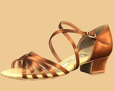 "Aida Dance Shoes - Girls - Block Heel (3 cm, 1.2"" ) size 24.5 (US adult 8/8.5)"