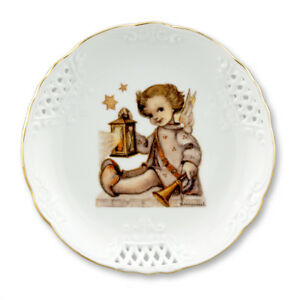 """6¾"""" M.I. Hummel Guiding Angel Round Lace Plate"""