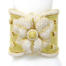 18k Yellow Gold Blossom Diamond Bangle (40.00 Ct)