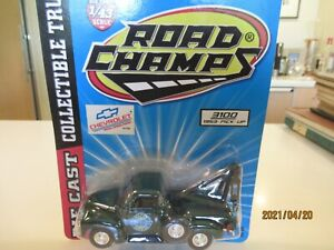 1:43 Road Champs 1953 Chevrolet 3100 pick up tow truck dark green