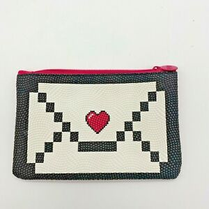 Ipsy Heart Cosmetic Glam Bag Pouch Red Makeup Travel Bag Only Pink Patent Back